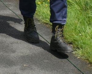 feet grn line